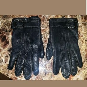 Coach gloves Size 6.5 Black leather